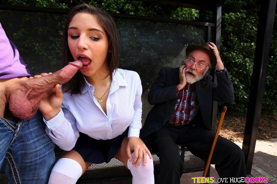 Amateur Teen First Big Dick
