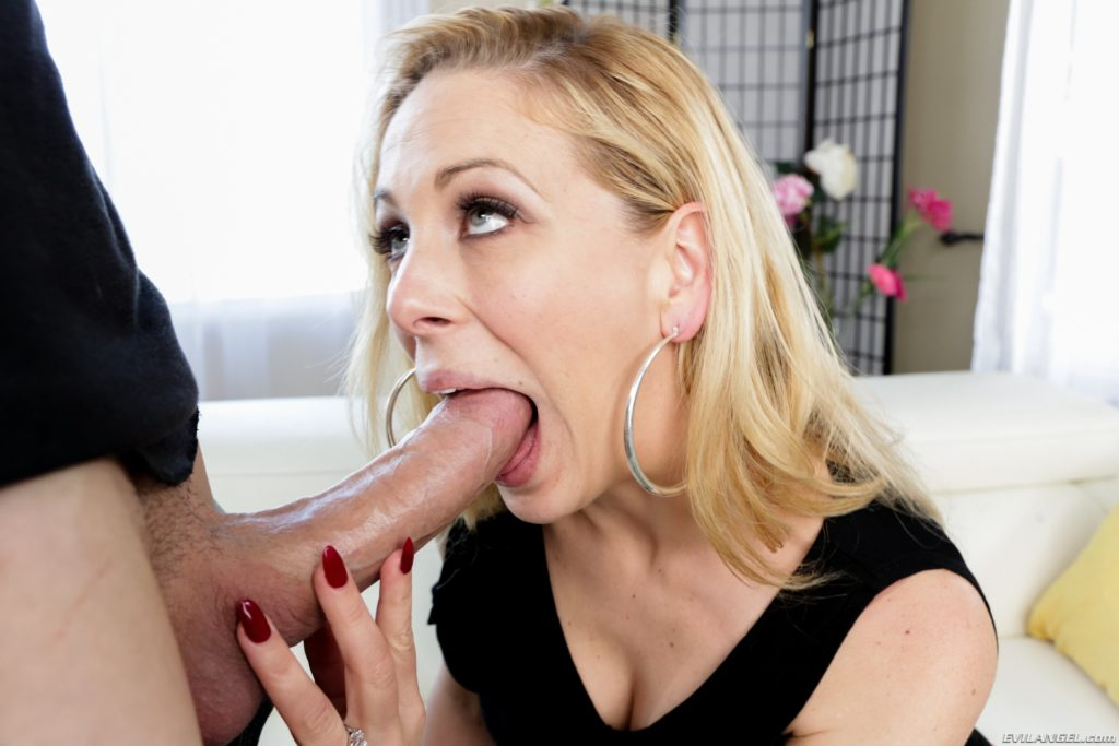 anal sex with blondes
