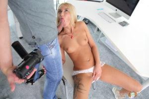 Perfect girl 4k blowjob